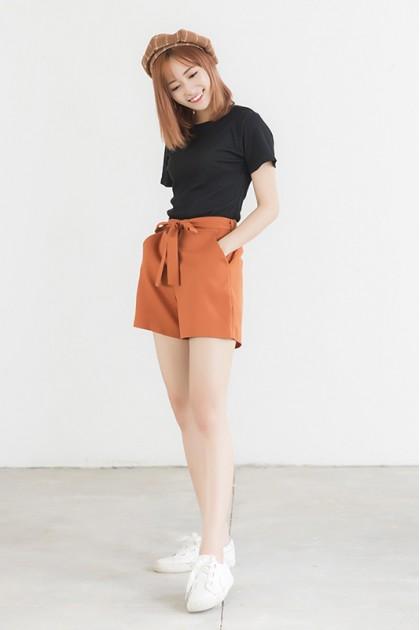 Jess Ribbon Shorts In apricot